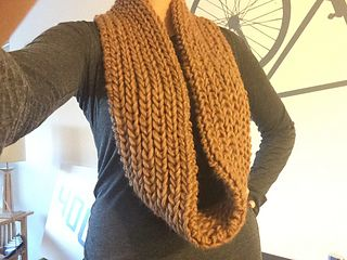 Chunky Wool Infinity Scarf in Brown - Knitting Pattern