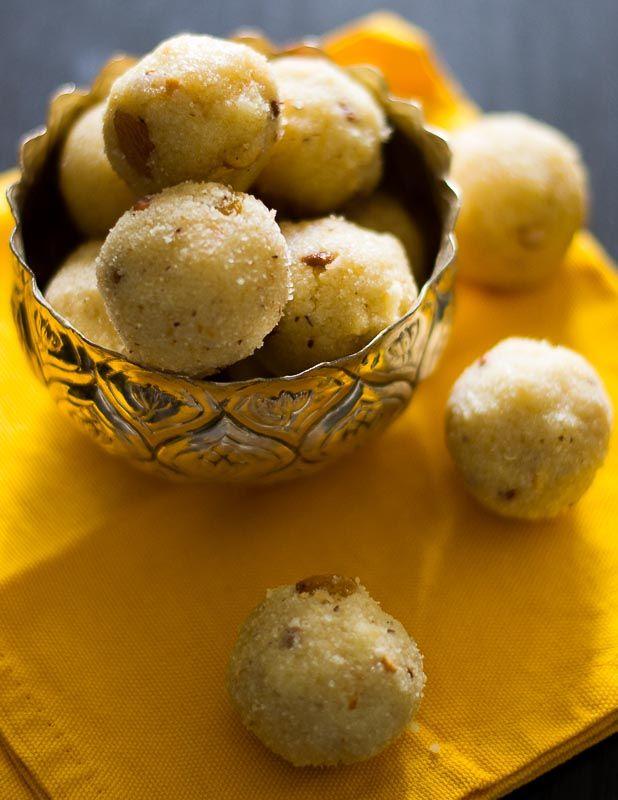 South Indian Rava Laddu - Semolina Laddu #dessert #easy #tamil
