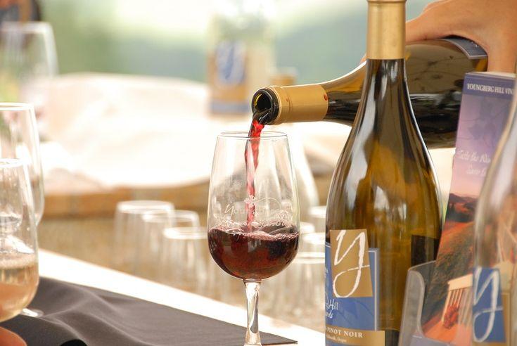 Como e por quanto tempo armazenar sua garrafa de vinho já aberta