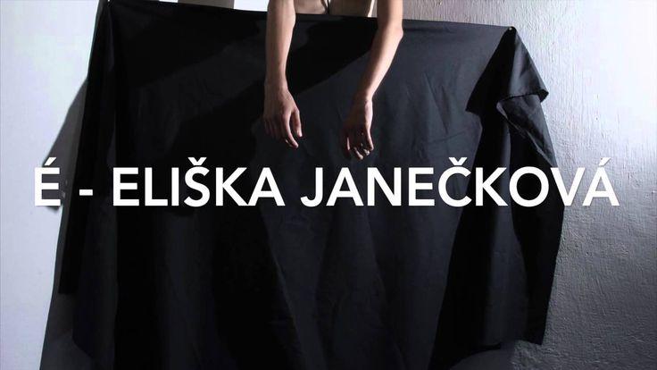 É - Eliška Janečková