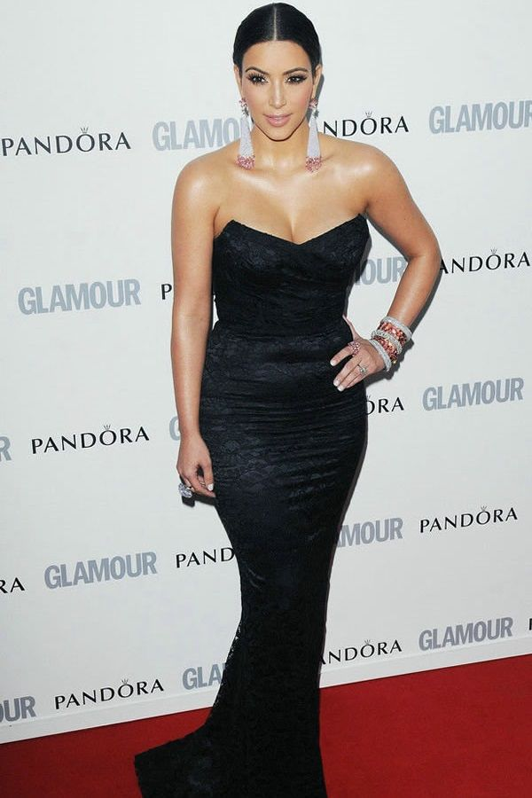 Most Attractive Glamorous Red Carpet Dresses For Female