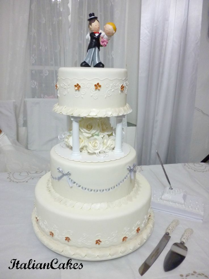 Wedding cake by ItalianCakes