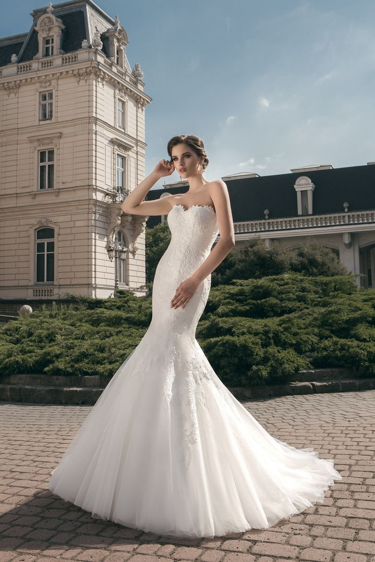deLux Collection Weddding Dress Maxima Bridal Maxima Bridal