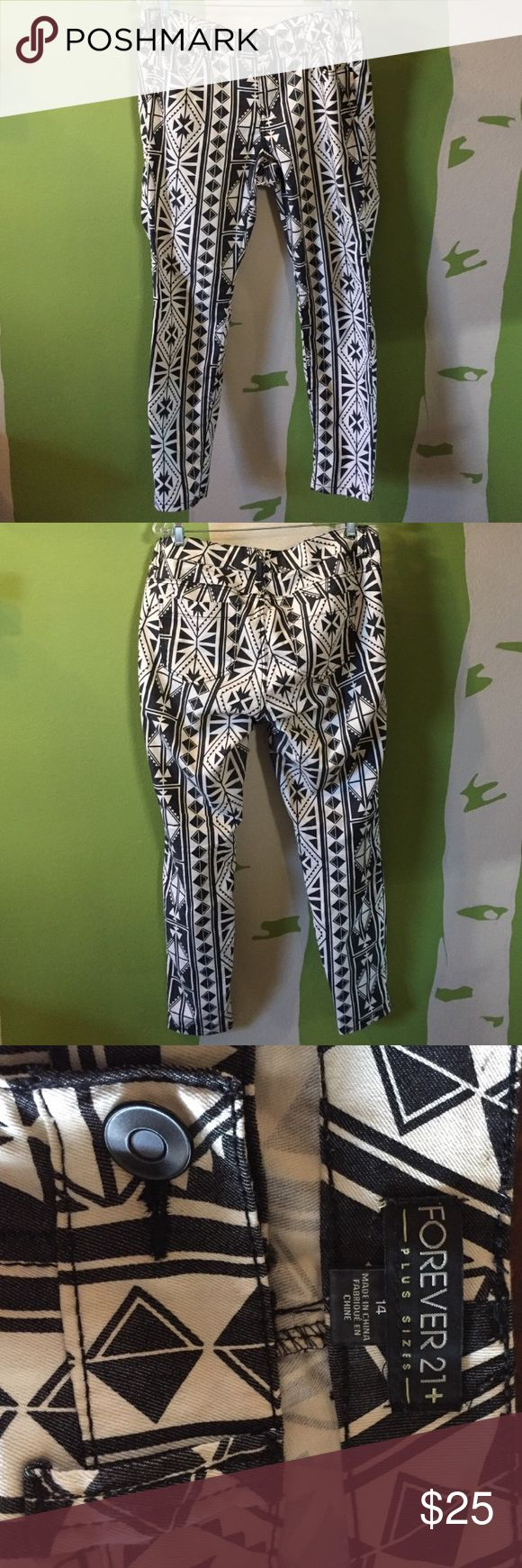 Super cute Aztec pants!  BLOWOUT SALE!!! Gently loved pants!  A great statement piece for your wardrobe! Forever 21 Pants Ankle & Cropped