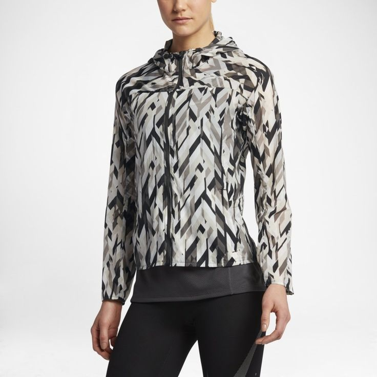 #Nike Impossibly #light #jacket to lekka kurtka biegowa, chroniąca od deszczu i wiatru.