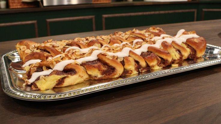 Kanelstang er en lækker dansk opskrift af Ole Kristoffersen - Lagkagehuset fra…