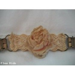 Antique rose garter clip (Auction ID: 158988, End Time : N/A) - FleaBids Auction House