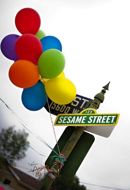 Sesame Street 2nd Birthday Party - Balloon ideas