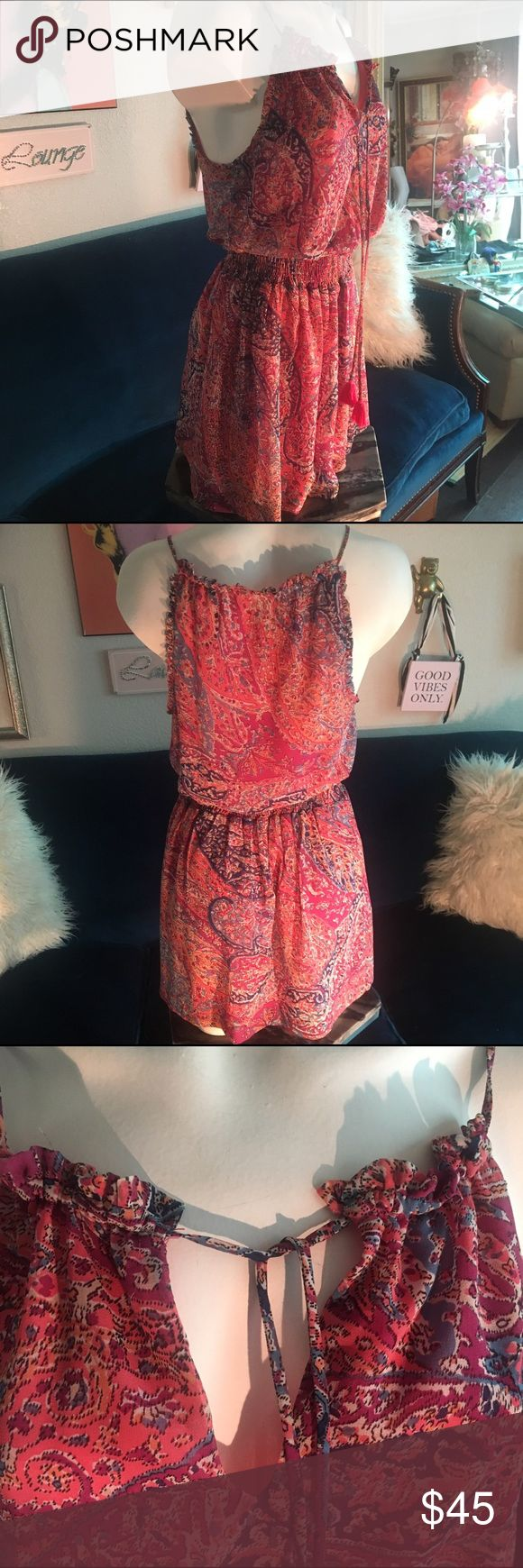 OYSHO Cute dress Pretty, comfortable and stylish, dress fully lined, adjustable tie front, elastic waistband all one piece. New never been worn EXCELLENT Condition Dresses