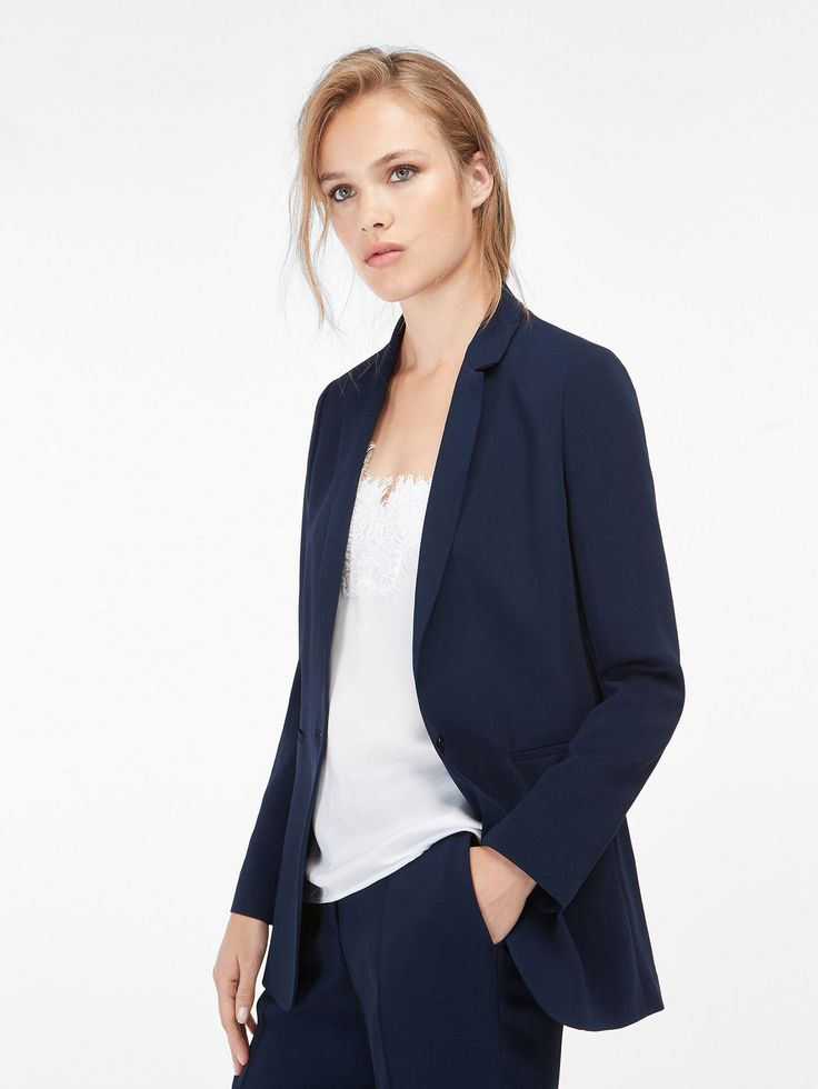 Autumn winter 2016 WOMEN´s NAVY BLUE SUIT JACKET at Massimo Dutti for 1299. Effortless elegance!