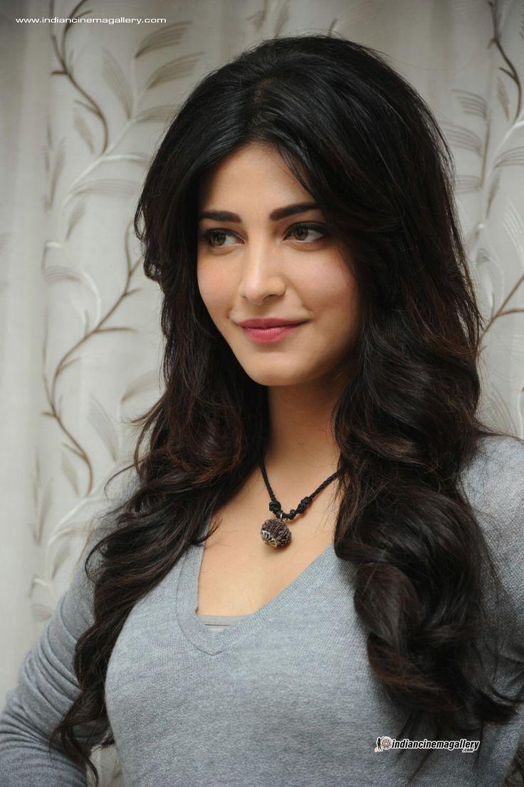 Shruti Hassan Hairstyle Name Fade Haircut