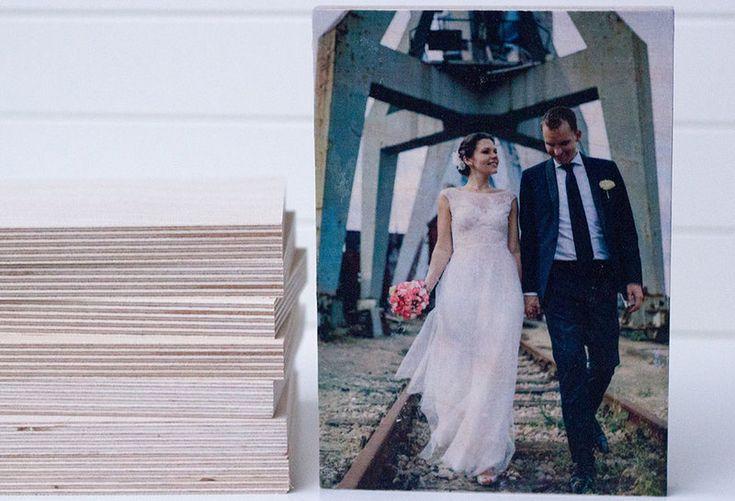 Hochzeitsbild auf Holz? Individuelle Holzbilder mit Deinem Foto gibts in meinem Shop! Z.B. im Format 13 x 18 cm... von MoinMoni auf DaWanda.com