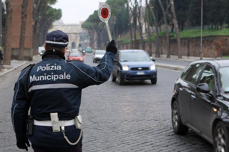 Quanto guadagnano i comuni con la polizia municipale http://blog.openpolis.it/2016/10/05/quanto-guadagnano-i-comuni-con-multe-e-contravvenzioni/10182