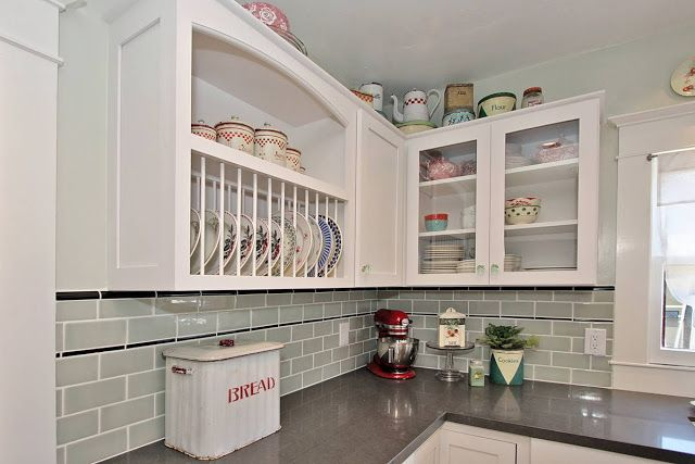 """Good Home Construction's Renovation Blog: A New """"Vintage"""" Kitchen - from 1990's Modern to a Classic 1920's Kitchen"""