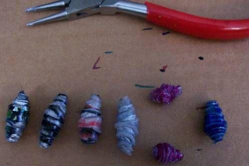 Fundidas perlas de botellas de plástico - joyas y bisutería
