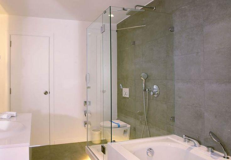 Cenbay radison blu Mersin suit bathroom