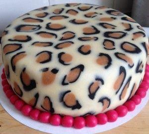 Leopard print fondant