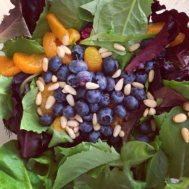 """36 Likes, 3 Comments - Margaret Lee R.Ac B.Sc RHN (@nutriacure) on Instagram: """"Blueberry, mandarin, mixed green salad topped with pinenuts  #dinner #healthy #fit #greens…"""""""