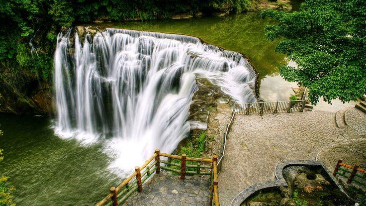 Shifen Waterfall Tourism, Taiwan - Next Trip Tourism