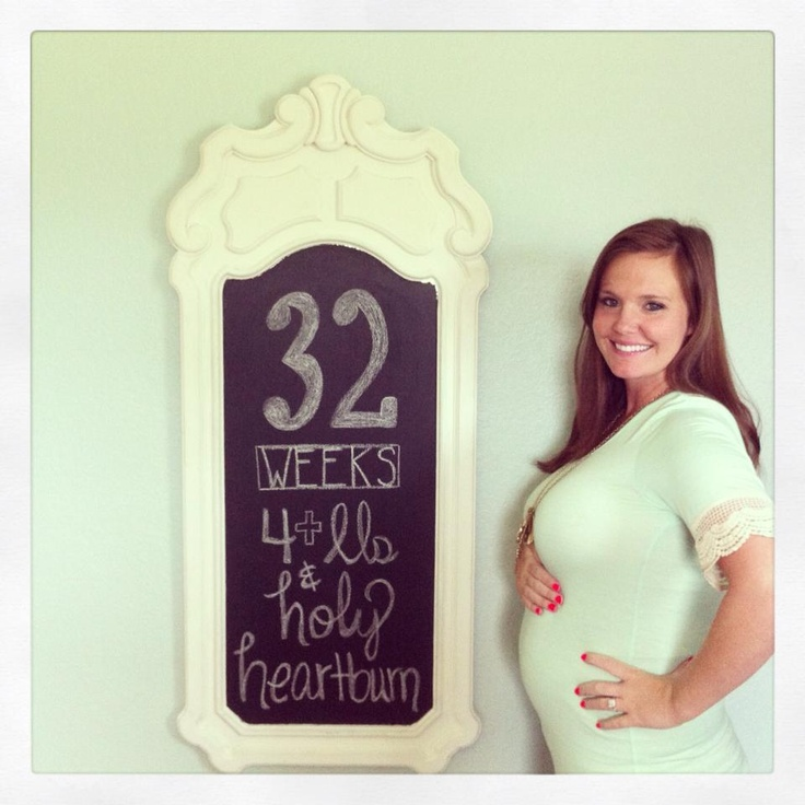baby bump chalkboard - 32 weeks pregnant  http://youngsnlove.blogspot.com/