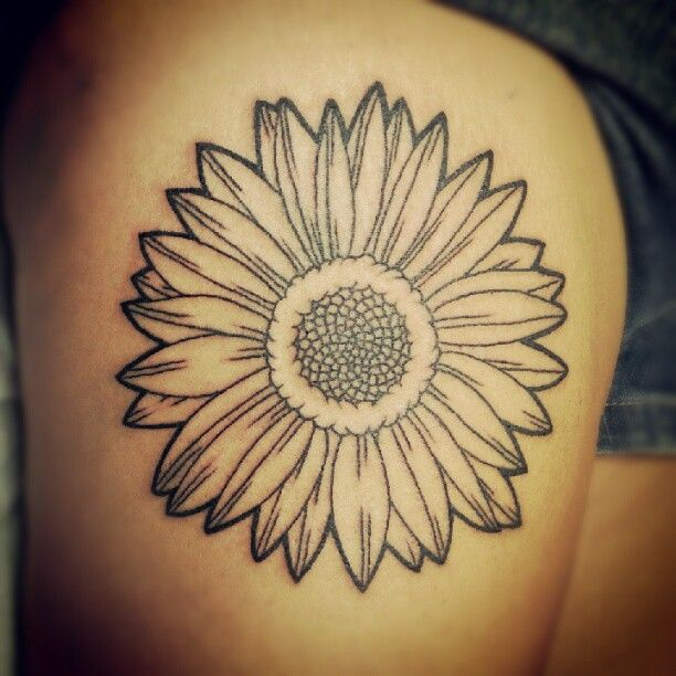 83 best tatoos images on pinterest sunflower tattoos for Sunflower tattoo thigh
