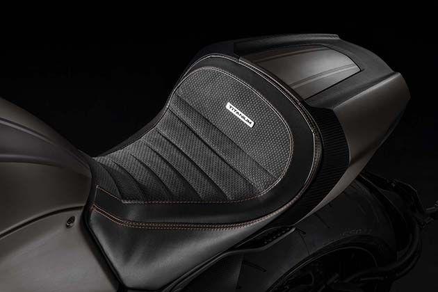 2015 Limited Edition Ducati Diavel Titanium 6