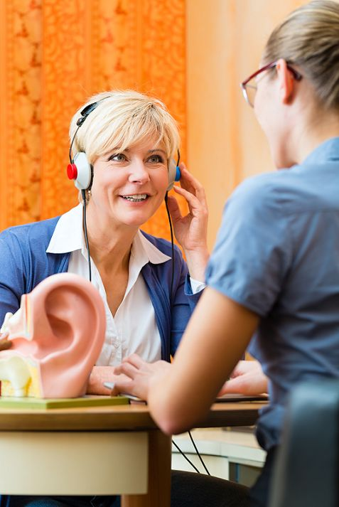 The Connection Between Alzheimer's Dementia and Hearing Loss #Alzheimers #Dementia