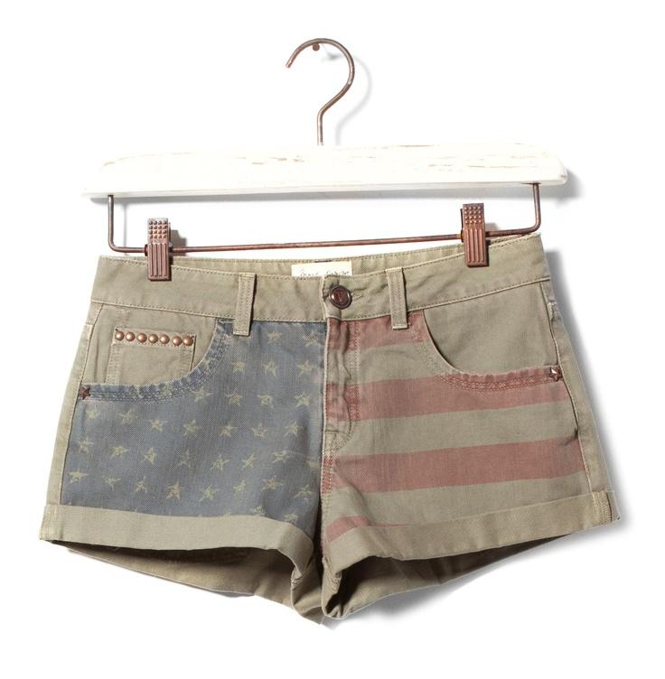 Shorts Bandera PullBear