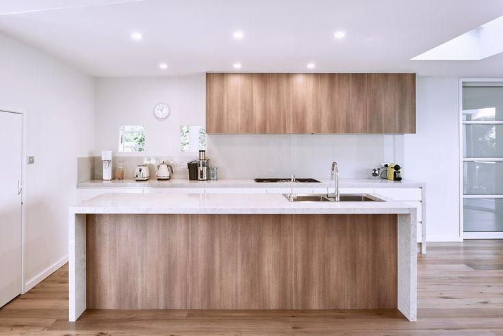 Apollo Kitchens - polytec RAVINE Sepia Oak. A beautiful simple woodgrain and white design.