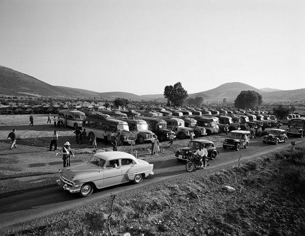 Dimitrios Harissiadis, Parking lot. Epidaurus, 1956 © Benaki Museum Photographic Archive