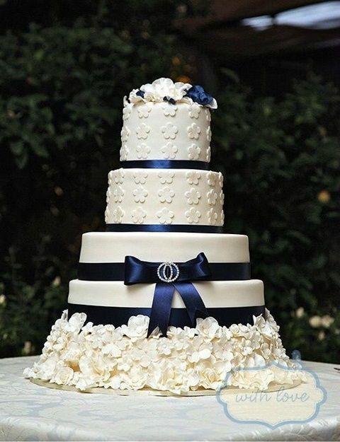 47 Mysterious Midnight Blue Wedding Ideas | HappyWedd.com
