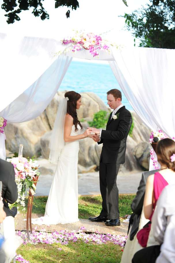 A unique and impressive backdrop for your ceremony at Pawanthorn Luxury Wedding Villa