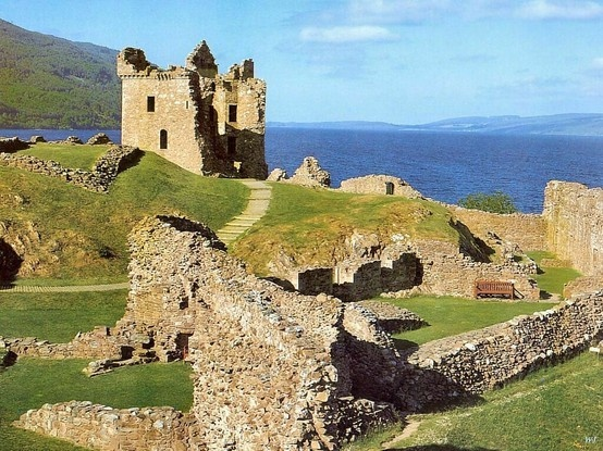 Scotland Scotland Scotland....someday I will be in this place.....and sit in a pub, and just drink in the sound of their voices....