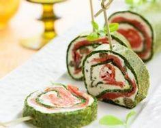 Roulé festif au saumon et aux épinards pour les fêtes : http://www.fourchette-et-bikini.fr/recettes/recettes-minceur/roule-festif-au-saumon-et-aux-epinards-pour-les-fetes.html