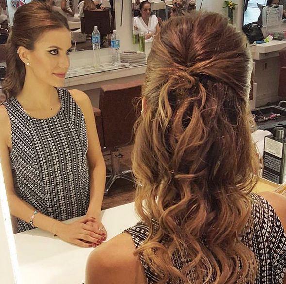 Penteado casamento: cabelo meio preso