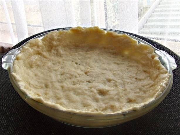 Quick 'n Easy Quiche Crust -- Food.com I wasn't sure this was going to work well (it makes a smaller amount of dough than I was expecting), but it came out deliciously. Very, very simple and tasty.