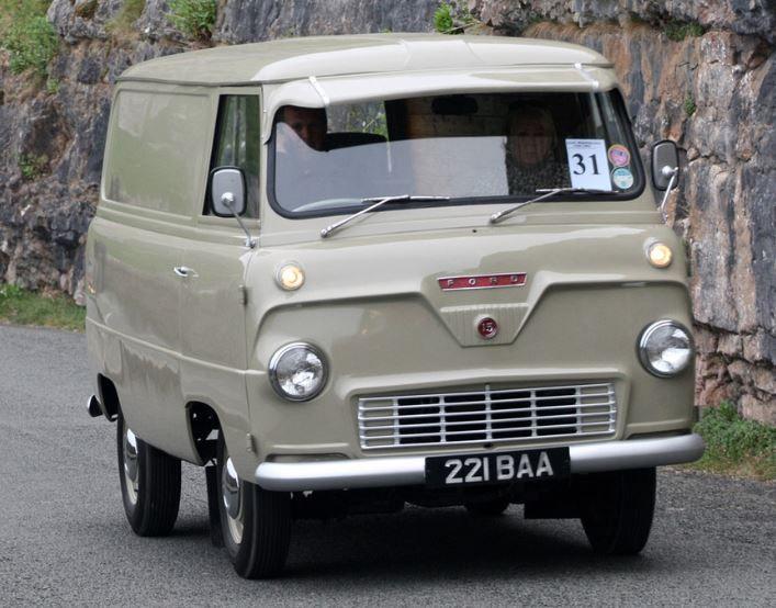 1960 Thames 400E van
