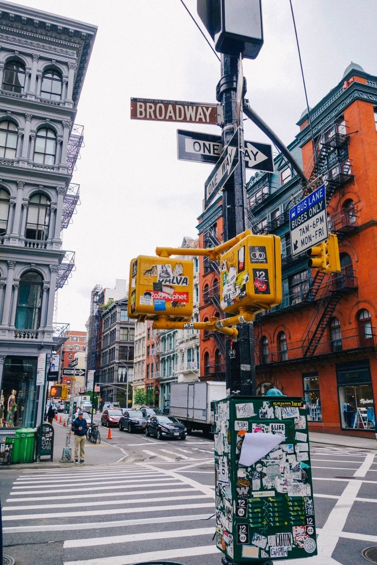 Broadway and broome st soho nyc new york state of for Famous cities in new york