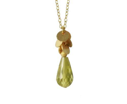 halskæde med grøn dråbe zirkonia og mønter