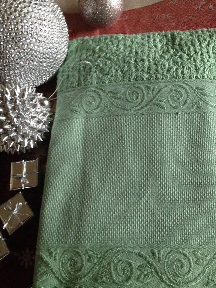 coppie di spugna con tela aida a 7,00€ in verde salvia