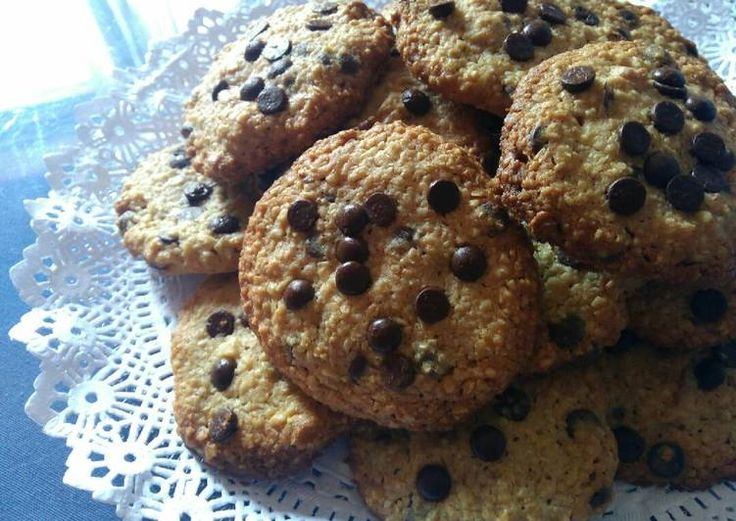 Galletas de avena con nueces y chips de chocolate