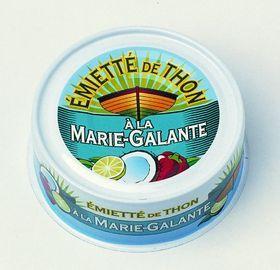 Emietté van Tonijn à la Marie-Galante van La Belle-Iloise.  Kleine stukjes tonijn met een herinnering aan het Verre Oosten    Een exotisch huwelijk! Stukjes tonijn in een zeer fijne en fruitige extra vergine olijfolie vergezelt van kokosnoot, peper, limoen en specerijen uit Colombo. Je waant je in het Verre Oosten.  Recept:  http://www.bommelsconserven.nl/recepten/salade_recepten/salade_fleur_de_marie-galante_aux_poireaux_prei.html