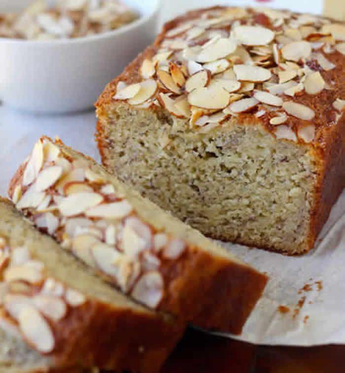 cake bananes amandes, une recette délicieuse pour votre gâteau de goûter ou petit déjeuner. Très facile à préparer avec cette recette.