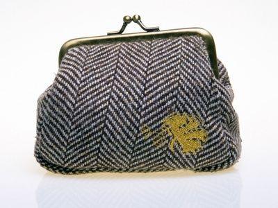 Les 118 meilleures images du tableau sac pochette main sur pinterest pochettes sac pochette - Nettoyer un sac en cuir ...