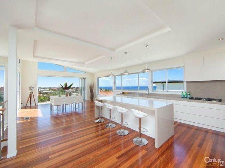 53A Wheeler Parade, Dee Why, NSW 2099 #caesarstone #kitchen #design #inspiration #benchtop #renovation #ideas