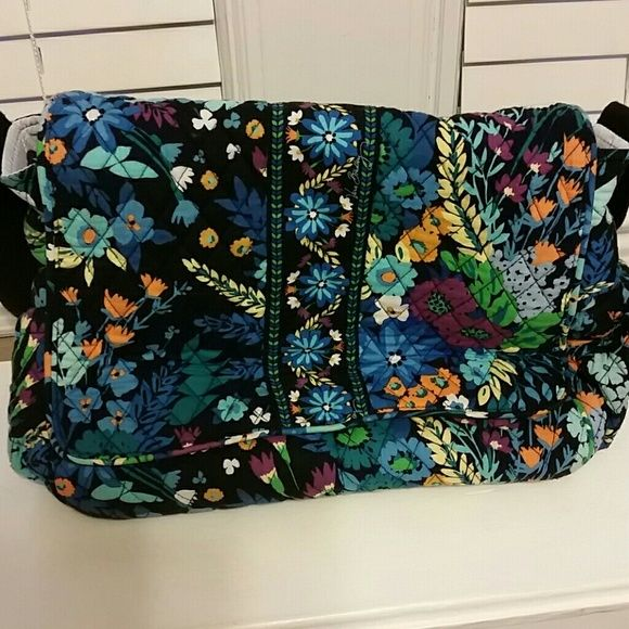 Vera Bradley diaper bag or travel bag. Rarely used. No stains or defects. Vera Bradley Bags Travel Bags