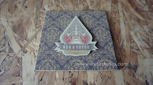 Pop Up Hardcover Invitation Nda & Yoyok