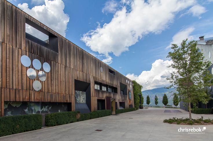 Kellerei Schreckbichel – Girlan, Südtirol, Italien #wine #architecture #italy #girlan #chrisrebok #winearchitecture