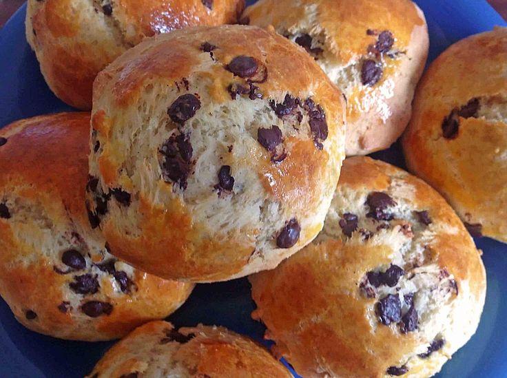 Schoki - Schokobrötchen, ein raffiniertes Rezept aus der Kategorie Brot und Brötchen. Bewertungen: 253. Durchschnitt: Ø 4,5.