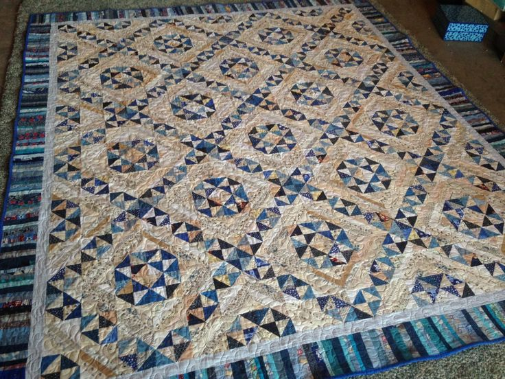 Jamestown Landing quilt by Bonnie K Hunter pattern in String Fling: Scrappy Happy and Loving It
